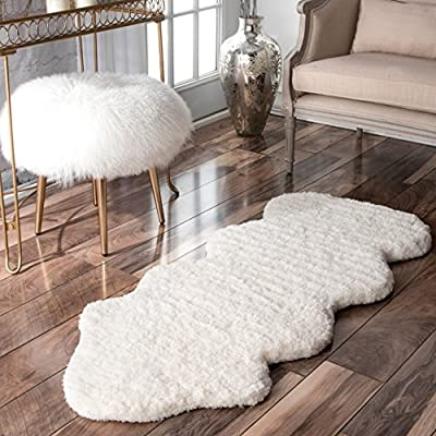 "nuLOOM Faux Sheepskin Matix Shag Rug, 2' x 4' 5"", Natural - Style: Shags Color: Natural Material: 100% Polyester - living-room-soft-furnishings, living-room, area-rugs - 513qK%2BO%2BryL. SS400  -"