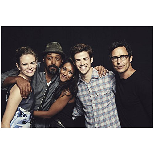 the-flash-grant-gustin-tom-cavanagh-jesse-l-martin-danielle-panabaker-and-candice-patton-group-8-x-1