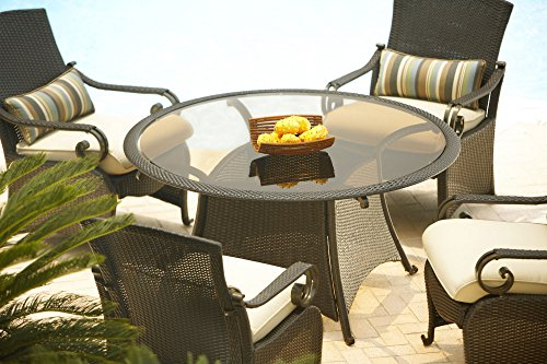 La z boy outdoor lake como 5 piece resin wicker patio for La z boy dining room chairs