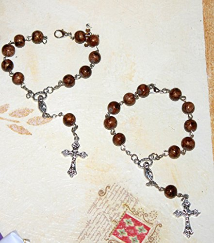 FavorOnline 10 Italian Mini-Rosaries with Polished Wood Finish and Crucifix