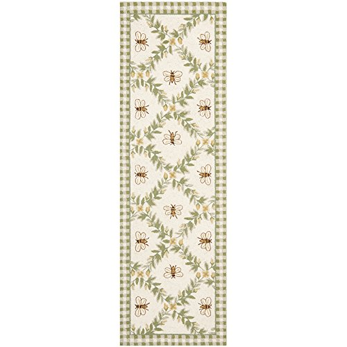 Safavieh Chelsea Collection HK55A Hand-Hooked Ivory and Green Premium Wool Runner (2'6