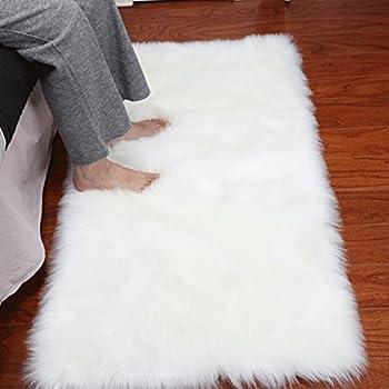 Noahas Luxury Fluffy Rugs Bedroom Furry Carpet Bedside Sheepskin Area Rugs Children Play Princess Room Decor Rug, 2ft x 3ft, White