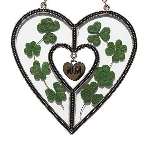 MoM Heart Suncatchers Mother Suncatcher for St Patrick's Day Decoration, Irish Gift in-Law Gift, Irish Family Suncatchers for Windows Heart with Pressed Flower Heart - Glass Heart Suncatchers Gifts