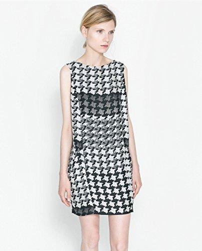 Zara en Blanco y Negro n diseño de Pata de Gallo Vestido de Cuadros Tamaño de