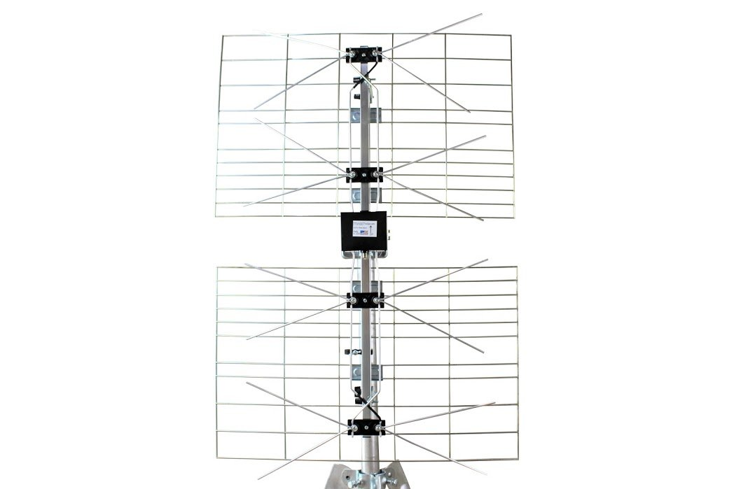 Antenna World 7TV1007 Directional Outdoor High Definition Tv Antenna, Over the Air Reception, Ota