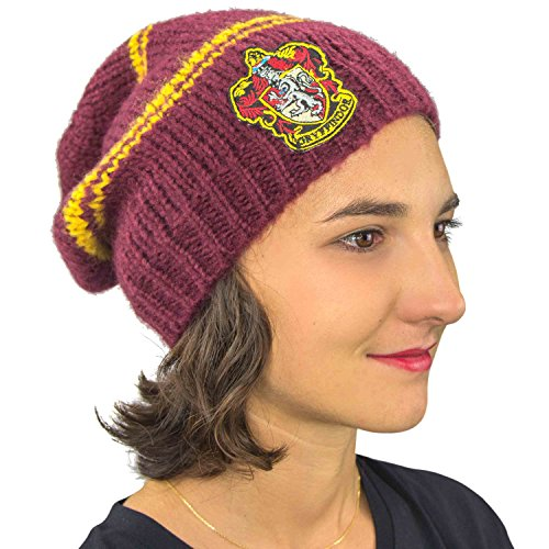 a09d1c72f8f04 Cinereplicas Harry Potter Beanie Hat Knit Cap - Official - by Slouchy  Gryffindor (Adult)