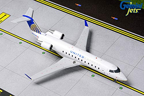 united airlines crj - 1