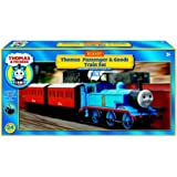 Hornby R9271 Thomas and Friends Passenger and Goods 00 Gauge Electric Train Set