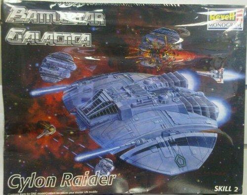 Battlestar Galactica - Cylon Raider Model by Revell/Monogram 1997 ()