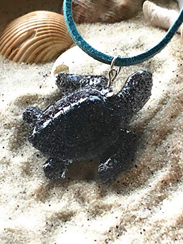 Love's Surf Gems Sea Turtle Chokers-Beach Jewelry Summer Accessories Surfer Jewelry Resin Jewelry Glitter Pendant Turtle Pendant (Onyx, Blue)
