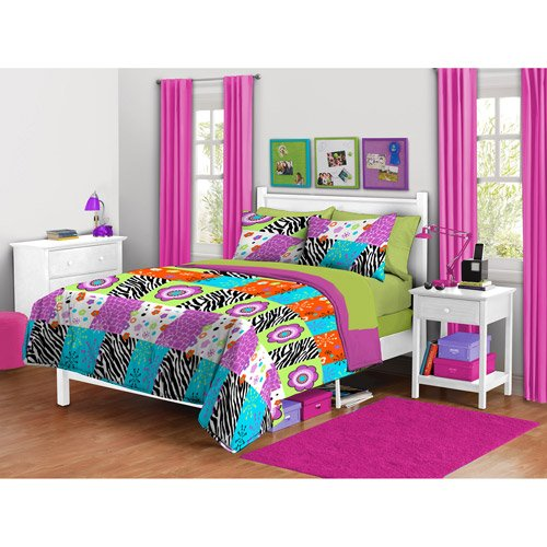 Flower Patch Collection (Girl Black Pink Green Purple Supersoft Zebra Flower Patchwork Full Queen Comforter Set (3pc))