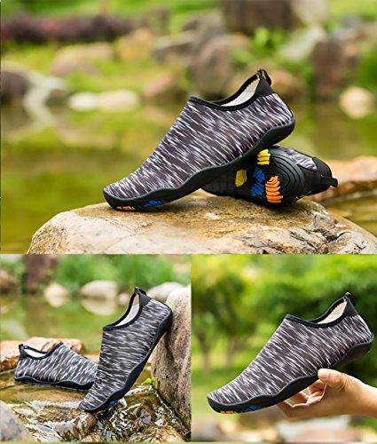 Everydlife Barfuß Quick Dry Wasser Schuhe für Männer, Aqua Socken Schwimmen Schuhe mit Drainage Löcher für Frauen Yoga Beach Schwarz