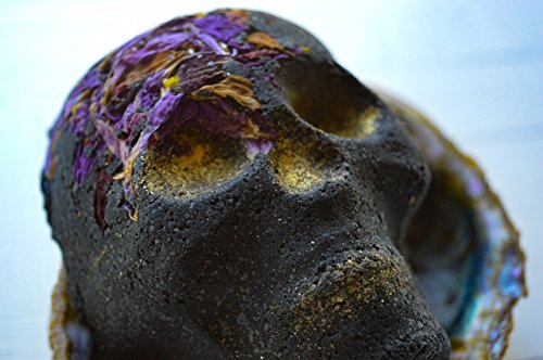 Blackberry Sage Skull Bath Bomb - 100% Organic - 15 oz Size - Smells Amazing by New Moon Therapeutics