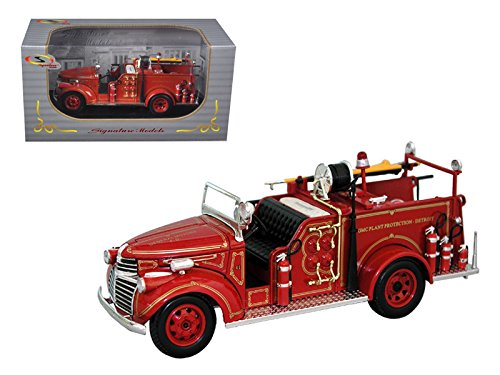 StarSun Depot 1941 GMC Fire Engine Truck Red 1/32 Model Car by Signature Models