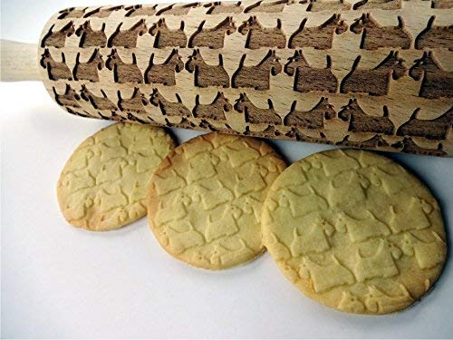 (TERRIER pattern Embossing Rolling Pin. Scottish Terrier Dog pattern. Engraved rolling pin with Scottie for embossed cookies or pasta.)