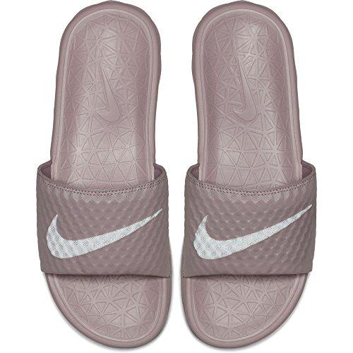 Nike Femmes Benassi Solarsoft Diapositive Sandale Élémentaire Rose / Blanc