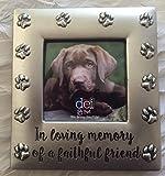 DEI 4.25'' x 4.5'' ''In Loving Memory'' Pet Photo Frame - Holds 2.5'' x 2.5'' Photo
