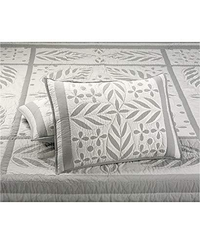 Martha Stewart Collection Fern Medallion 100% Cotton Quilted Standard ()