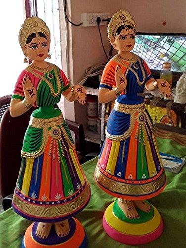 Jai Shoppee Tanjore Dancing Dolls, 15-inch - Set of 2: Amazon.in: Home &  Kitchen