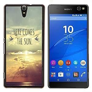 EJOOY---Cubierta de la caja de protección para la piel dura ** Sony Xperia C5 Ultra ** --aquí viene la puesta de sol banda letras
