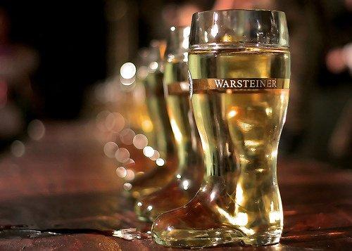 warsteiner-1-liter-glass-boot