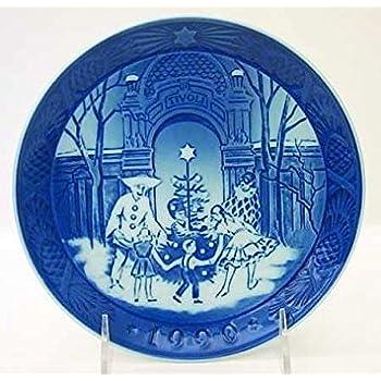 Amazon.com: 1990 Royal Copenhagen Christmas Plate: Home & Kitchen