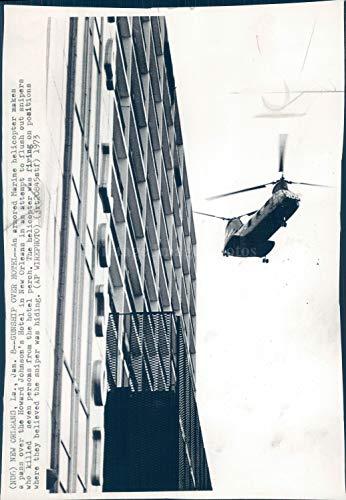 Vintage Photos 1973 Photo Marine Helicopter Howard Johnson Hotel New Orleans Transport 6X10