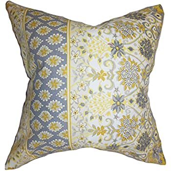 Amazon Com The Pillow Collection Duscha Floral Pillow