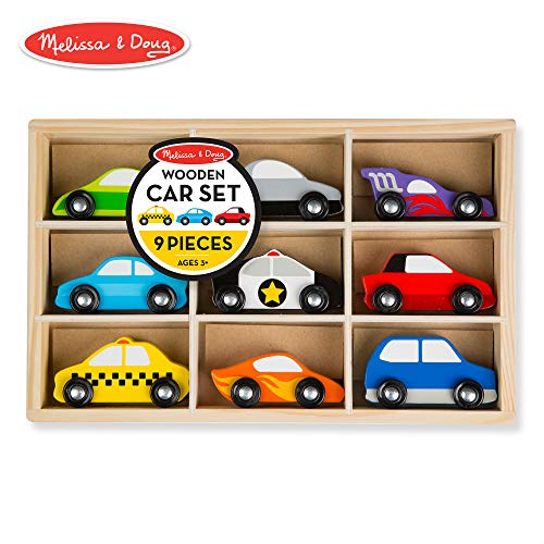 Melissa & Doug Wooden Cars Vehicle Set in Wooden Tray (9 Vehicle Toys)]()