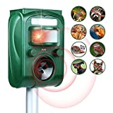 Ultrasonic Animal Repellent Outdoor, MAXFETCHED Solar Powered Pest Control Repeller with Motion Sensor Alarm and Flashing, Weather Proof Outdoor Repellent for Deer Raccoon Rabbit Squirrel Cat Dog Bird