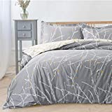 Bedsure Duvet Cover Set with Zipper Closure-Grey/Ivory Printed Pattern,King (104x90 inches)-3 Pieces (1 Duvet Cover + 2 Pillow Shams)-110 GSM Ultra Soft Hypoallergenic Microfiber