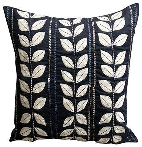 Amazon.com: Hecho a mano negro cubierta almohadas, Applique ...