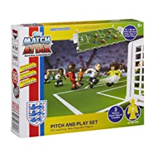 Character Building Match Attax Pitch and Play Set