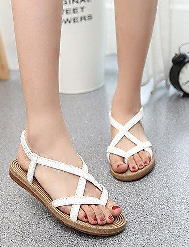 ShangYi Women's Shoes Leatherette Flat Heel Comfort Sandals Casual Black / White White nrjmNdlPgQ