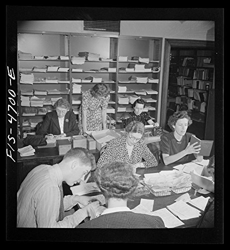 "1942""Washington, D.C. Volunteer translators in the Red Cross district library translating messages from many foreign languages: Dutch, Polish, German, French, Italian, into English"