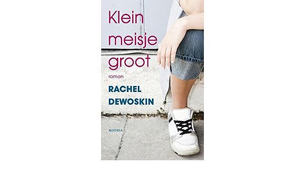 Rachell Rox als schoolmeisje