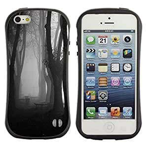 "Hypernova Slim Fit Dual Barniz Protector Caso Case Funda Para Apple iPhone SE / iPhone 5 / iPhone 5S [Niebla Bosque Oscuro Negro Blanco""]"