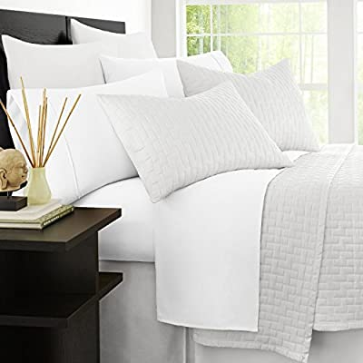 Zen Bamboo 1800 Series Luxury Bed Sheets - Eco-friendly, Hypoallergenic and Wrinkle Resistant Rayon Derived From Bamboo - 4-Piece - Queen - White - LUXURY & COMFORT - Slip into comfort! The Zen Bamboo 4-Piece Bamboo Blend Sheet Set is exactly what you need for a comfortable and relaxing night's sleep. Our sheet set is not only ultra-soft and luxurious, but stylish as well. With a wide range of colors to choose from, there's something for everyone! HIGH QUALITY BRUSHED BAMBOO & MICROFIBER BLEND - Our sheets are crafted with the highest quality materials, making them comfortable and durable! Designed with a sumptuous blend of 40% rayon derived from bamboo and 60% brushed microfiber, our sheets are incredibly plush and more durable than standard cotton sheets. HYPOALLERGENIC & STAIN RESISTANT - Our sheets are hypoallergenic, stain resistant, fade resistant, and wrinkle resistant. Say goodbye to dust mites, wrinkles, and tedious tasks like ironing, and hello to cozy, soft, and comfortable bedding! - sheet-sets, bedroom-sheets-comforters, bedroom - 514EKDyTmYL. SS400  -
