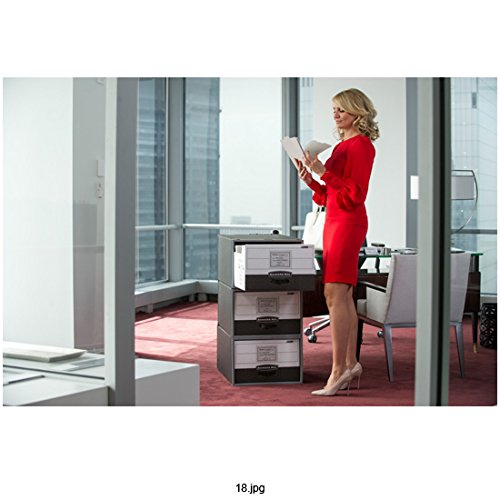 The Other Woman (2014) 8 Inch x10 Inch Photo Cameron Diaz in Red Suit Holding Papers in Office kn