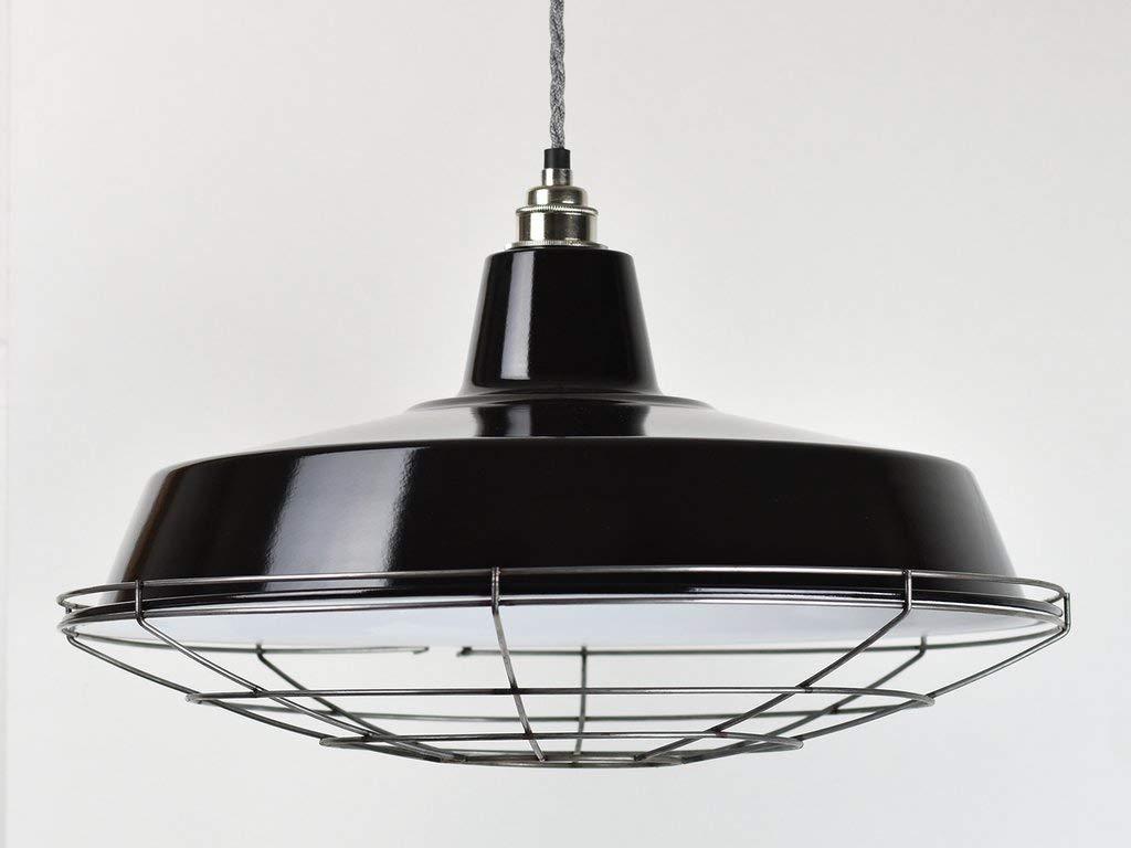 Pantalla de lámpara clásica de estilo almacén de fábrica con ...