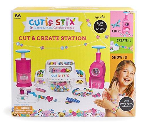 Cut & Create Station Jewelry Making ()