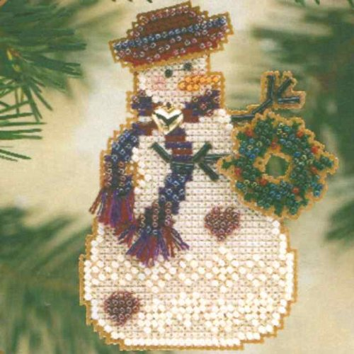 Wreath Snow Charmer Beaded Counted Cross Stitch Christmas Ornament Snowman Kit Mill Hill 2001 Snow Charmers MHSC26 ()