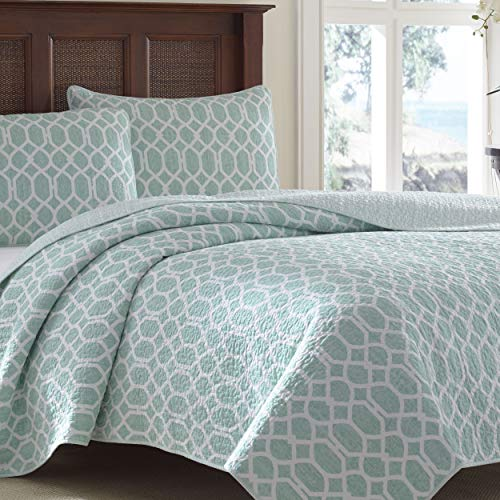 - Tommy Bahama Catalina Trellis Harbor Reversible Quilt, King, Blue (Renewed)