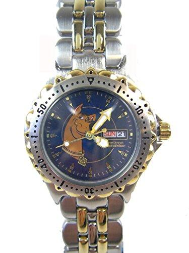 (Warner Bros Silver and Gold Scooby Doo Watch w/ Date ( 2 Tone Bracelet Watch))
