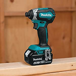Makita XT267M 18V LXT Lithium-Ion Brushless Cordless 2-Pc. Combo Kit (4.0Ah),