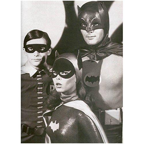 Batman Adam West Burt Ward and Yvonne Craig Group Shot 8 x 10 -