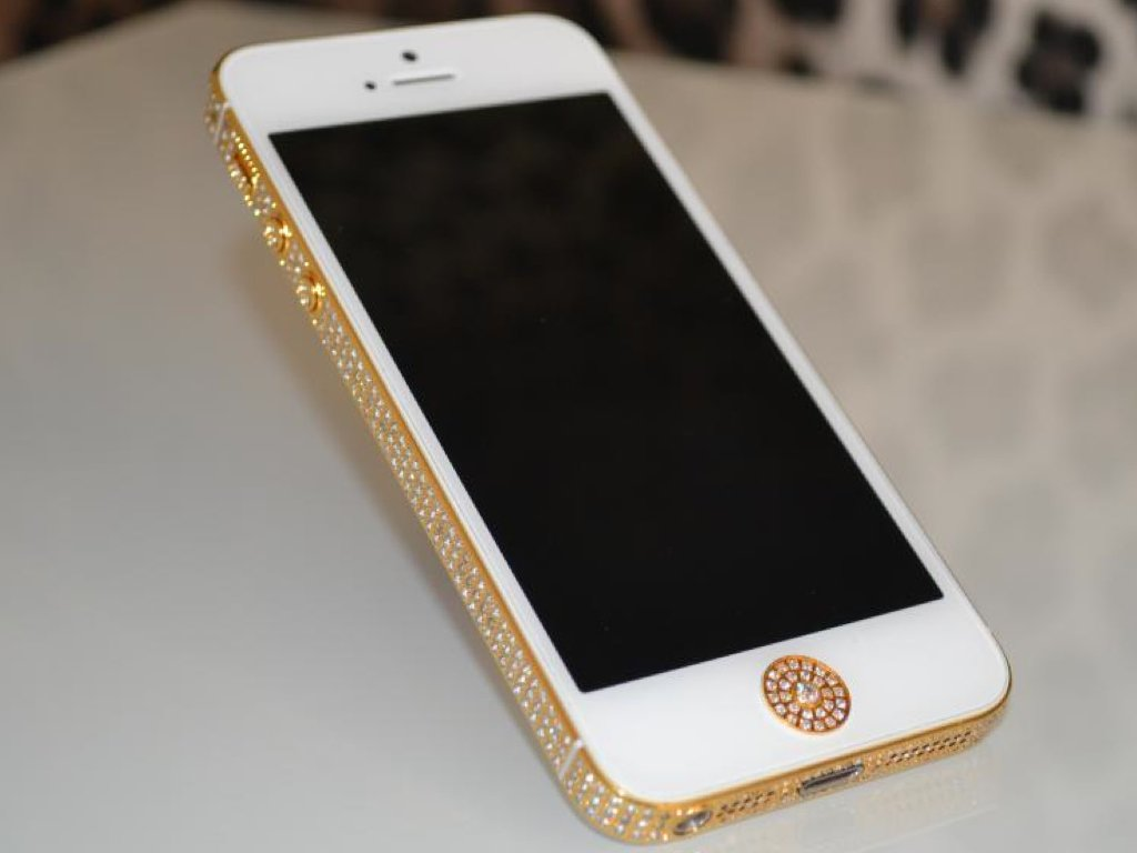 24ct Gold Apple iPhone 5 Swarovski Crystal Edition  Amazon.co.uk   Electronics 49eb5b7e46aa