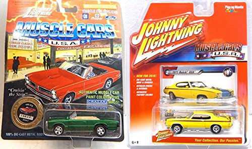 Johnny Lightning 2016 Muscle Cars USA 1971 Buick Vehicle Set '74 Olds Cutlass & '70 Cougar XR-7 Real Rider Tires All Metal Design Muscle mania Then & Now (Cutlass Model Car compare prices)