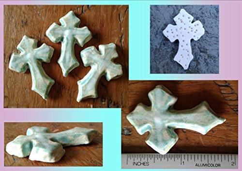 Set 3 Celtic Cross Cabochons Fine Porcelain Green Irish Pendants Templar Cross Amulets for Scrapbooking Mosaic projects