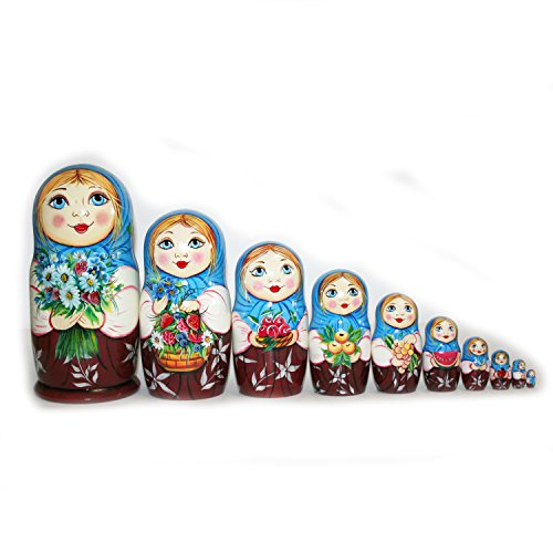 Beautiful nesting dolls with flowers. Signed. Handmade. matryoshka russian dolls